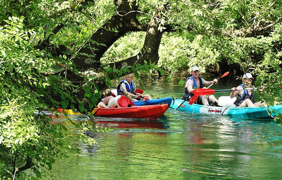 adventures-canoe